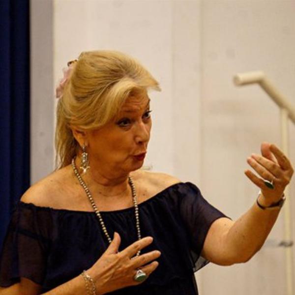 Ovációval és vastapssal jutalmazta a közönség Sass Sylviát és Hauser Adriennét | …